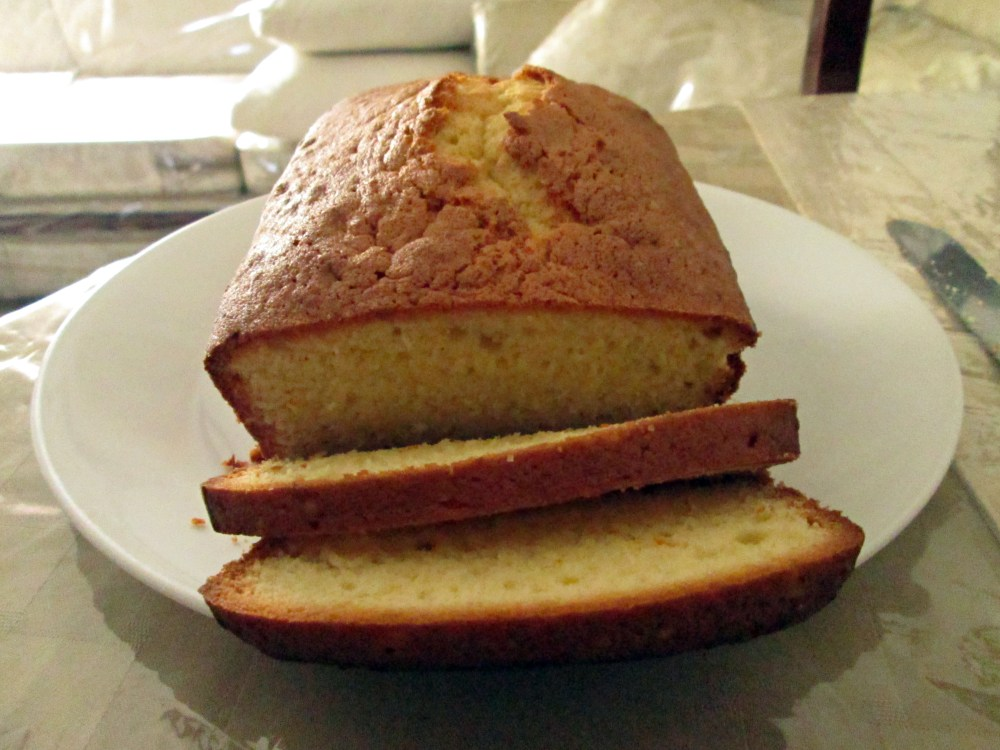Light and Airy Pound Cake (1/4)