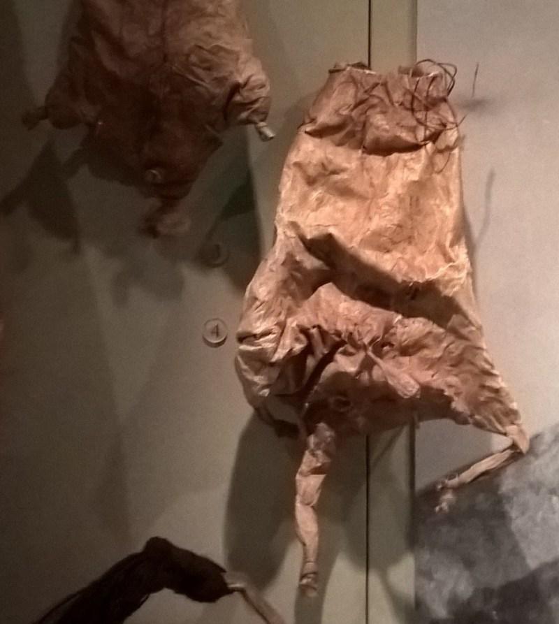 Un otre aborigeno ricavato dalla pelle di un wallaby