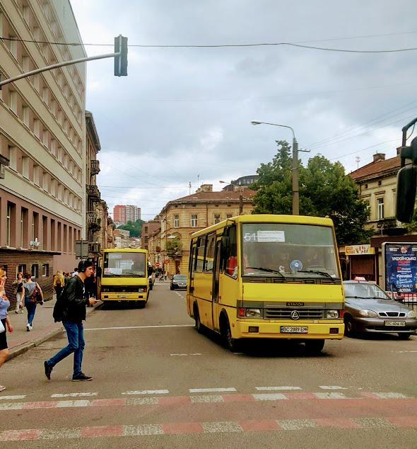 Leopoli Ucraina cosa vedere in 2 giorni: spostarsi in città