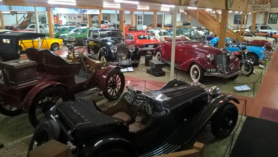 museo-auto-d'epoca-launceston-interno