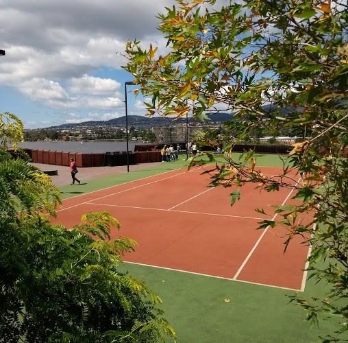 campo da tennis hobart museo MONA
