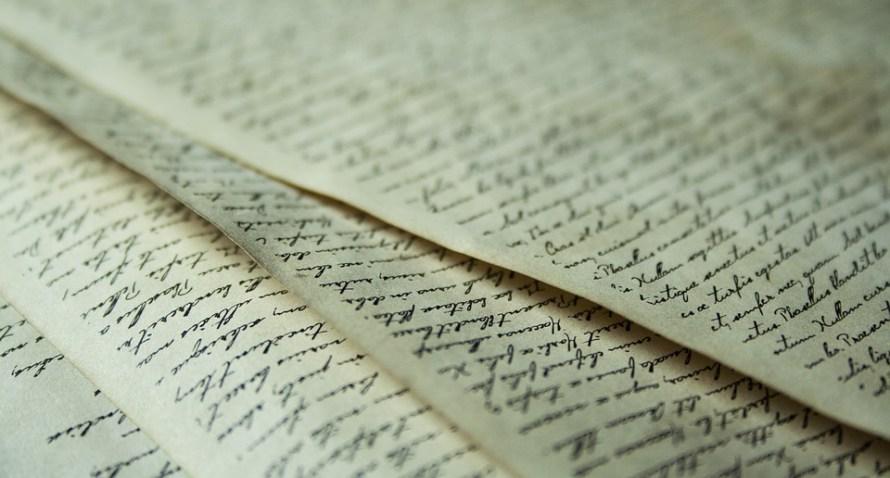 fogli scritti a mano