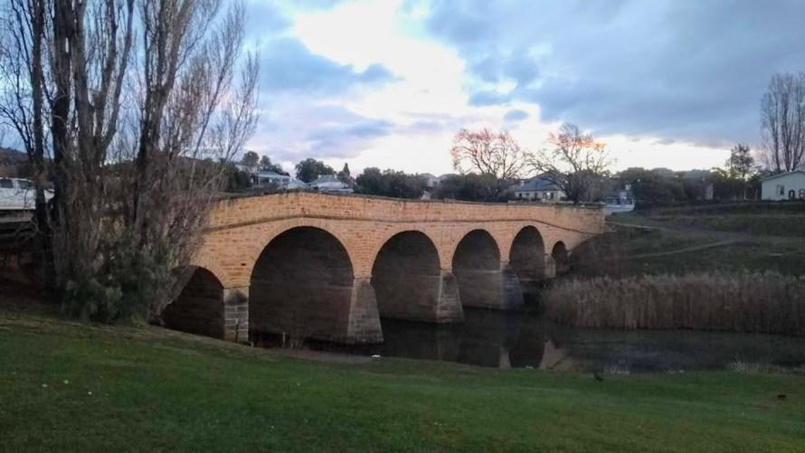 ponte di Richmond in mattoni rossi