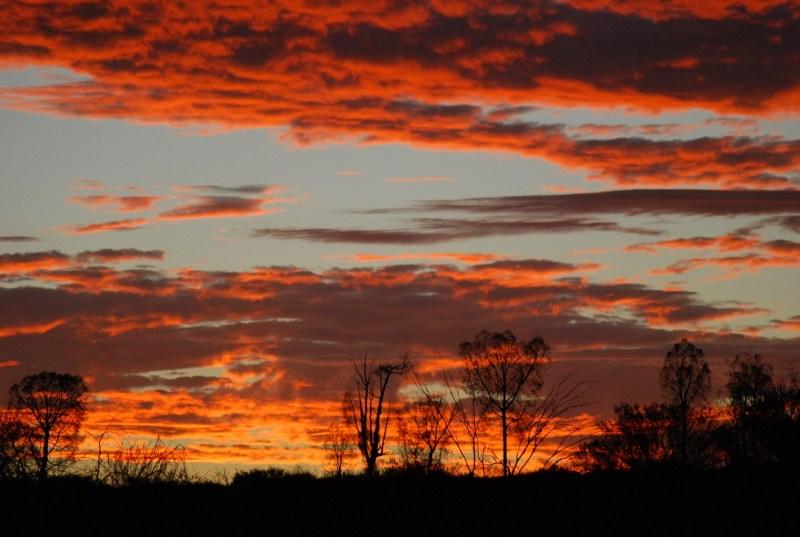 Cielo rosso a Uluru