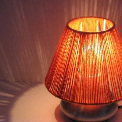 Yarn lampshade - Burnt Orange - 20cm