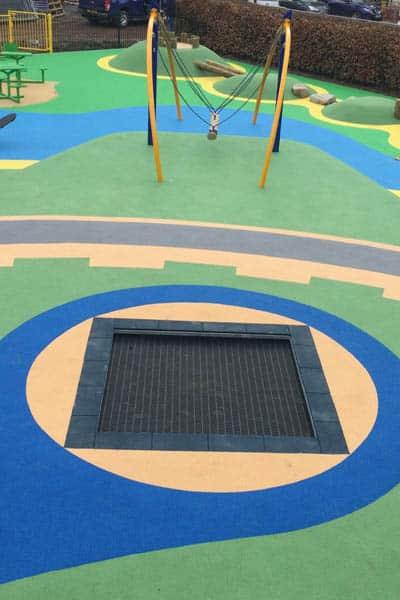 trampoline- aire de jeux stilum