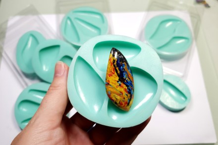 My new Stone Cabochon molds from Yaroslav's Molds