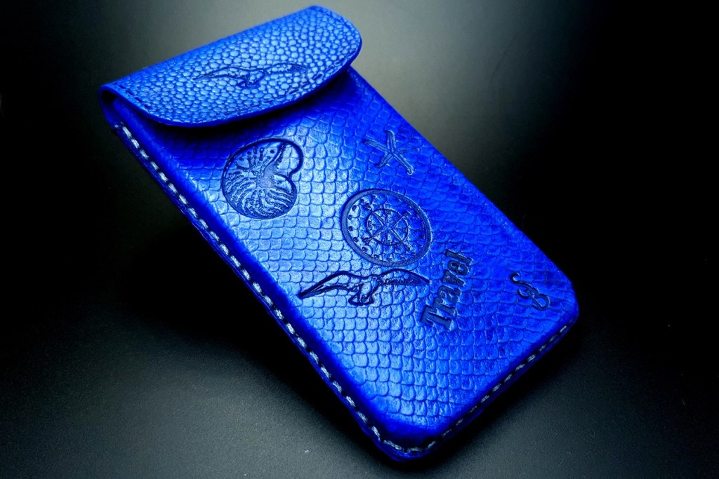 My 2nd handmade phone case from amazing polymer clay Fimo leather! 5