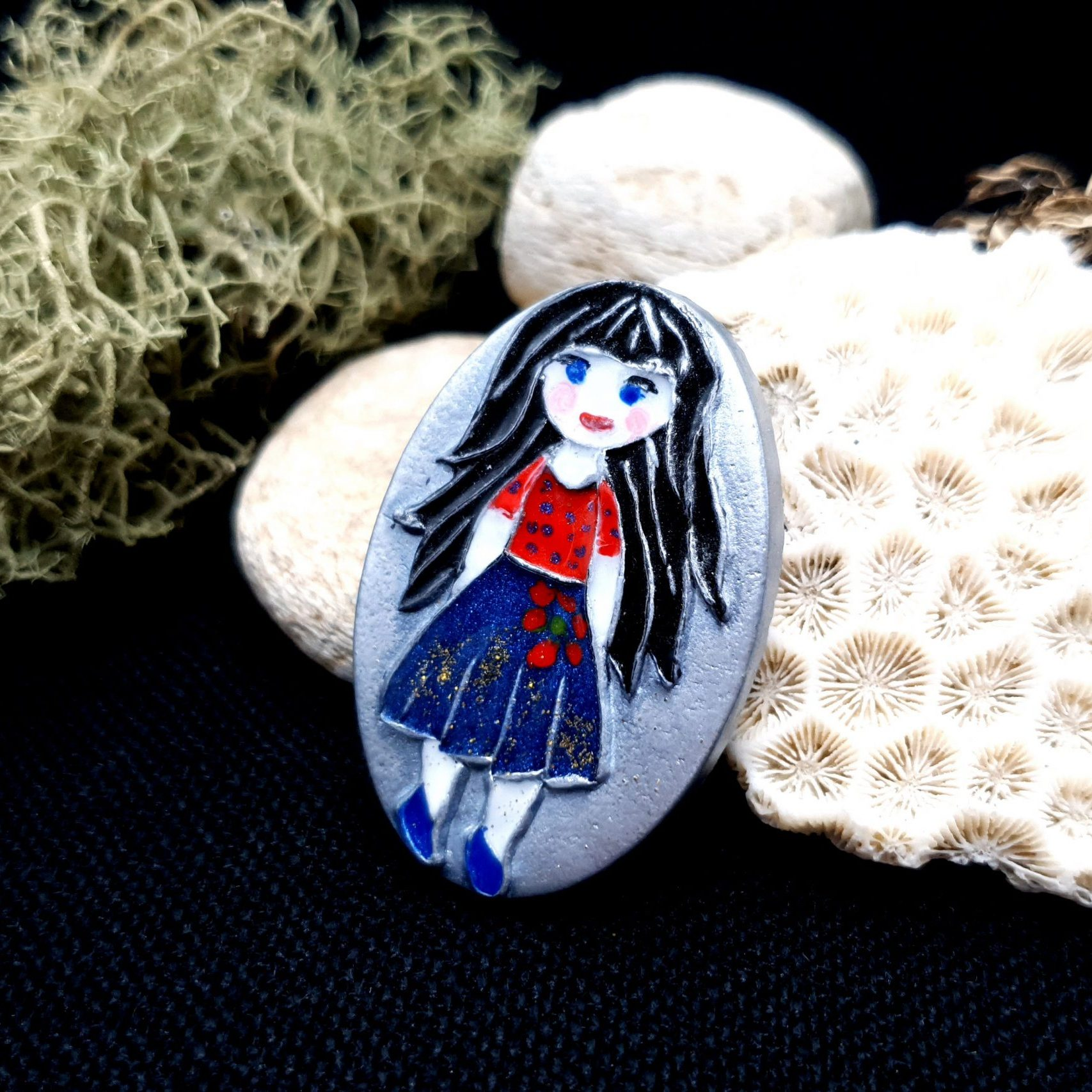 "Free video tutorial: How to make unique polymer clay Brooch ""Snow White"". 3"