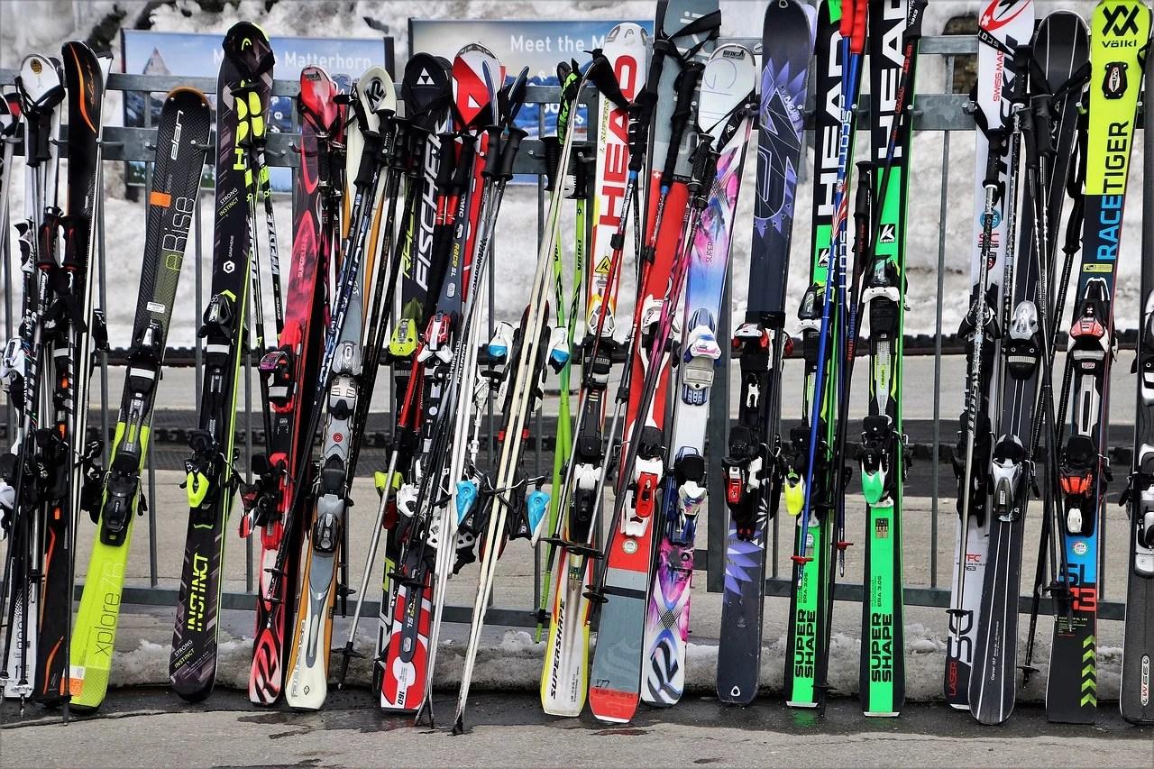 hobby-narty-buty-narciarskie-kijki-jazda-na-nartach