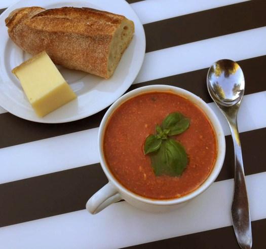 Soupe froide Gaspacho, facile à faire.