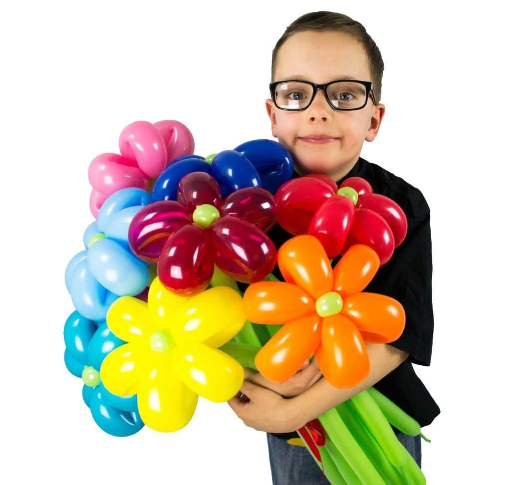blumenstrauss aus luftballons 10 blumen lufties ballons. Black Bedroom Furniture Sets. Home Design Ideas