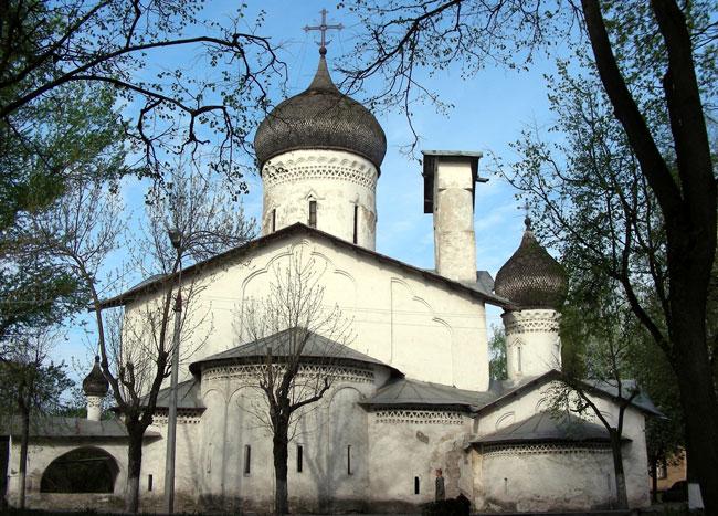Iglesias de la escuela de arquitectura de Peskov