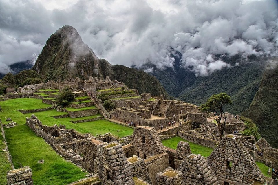 Las ruinas Machu Picchu deterioradas por el turismo
