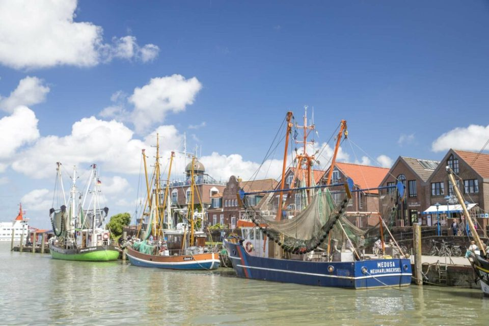 neuharlingersiel uno de los pueblos costeros más bonitos de Alemania