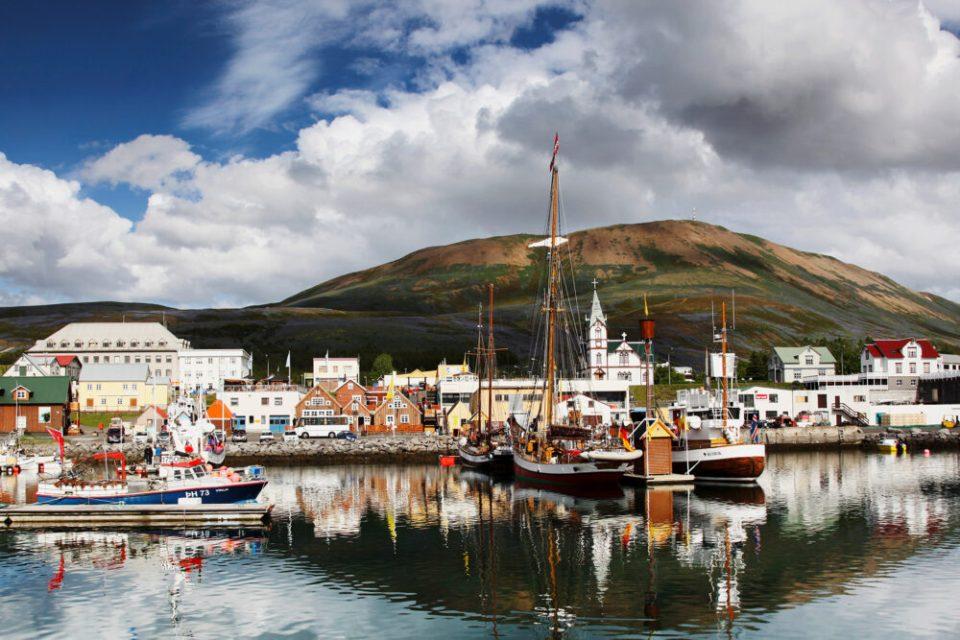 Husavik, uno de los pueblos costeros más bonitos de Islandia