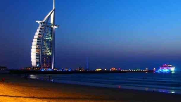photo credit: KiRin Chen Burj Al Arab via photopin (license)