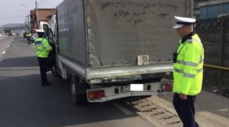 Lugoj Expres Polițiștii în acțiune de weekend: aproape 300 de amenzi și 21 de permise reținute pentru nerespectarea normelor rutiere sancțiuni contravenționale polițiștii permise reținute norme rutiere drumurile publice certificate înmatriculare amenzi acțiune accidente