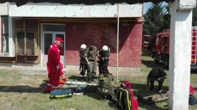 Lugoj Expres Pompierii au intervenit la UM 01220 din Lugoj victime unitatea militară pompieri ISU Timiș incendiu exercițiu