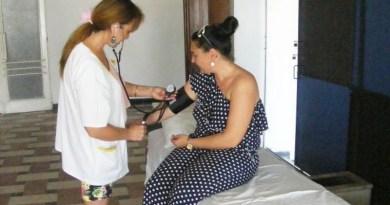 Lugoj Expres Vine canicula! În Lugoj se deschide un punct de prim-ajutor tratament recomandări medicale punct de prim-ajutor prim-ajutor Casa de Cultură a Sindicatelor Lugoj caniculă