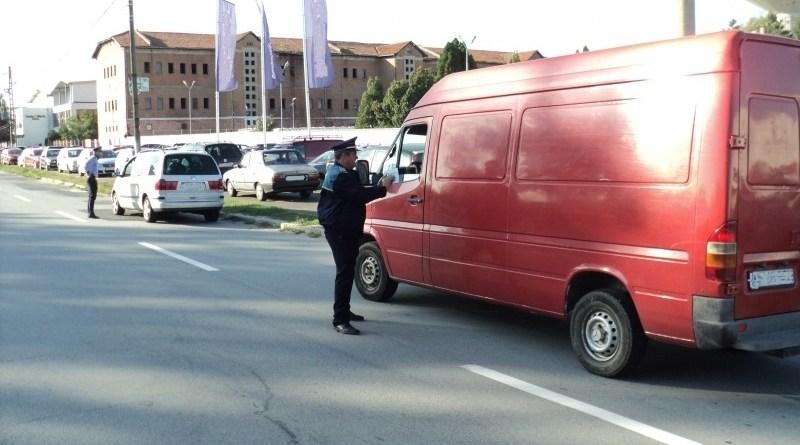 Lugoj Expres Razie în Lugoj și împrejurimi. Au fost aplicate peste 170 de amenzi, în valoare de 169.480 de lei sancțiuni contravenționale risc rutier razie poliție Lugoj infracțiuni fapte cu violență amenzi activități infracționale