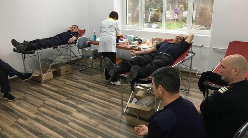 Lugoj Expres Rotary invită lugojenii să doneze sânge și să salveze vieți sânge salvează vieți Rotary Lugoj Rotary donează sânge donare campanie