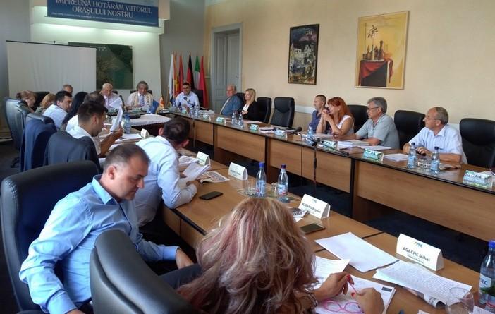 Lugoj Expres Bugetul Lugojului rectificat din nou, într-o ședință extraordinară a Consiliului Local ședință extraordinară rectificarea bugetului local proiecte Lugoj hotărâri Consiliul Local Lugoj Consiliul Local bugetul Lugojului bugetul local