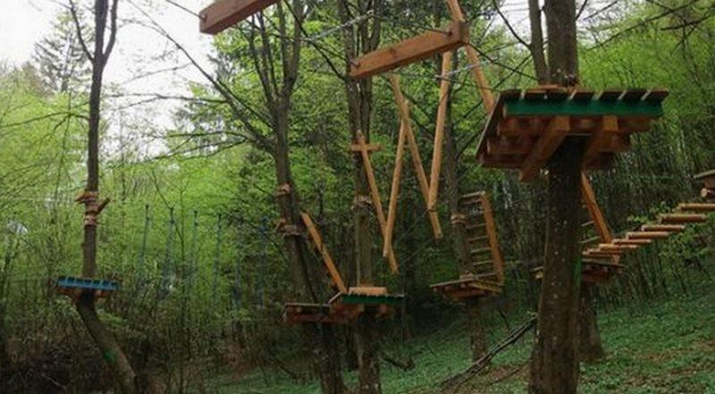 Lugoj Expres Se deschide unicul parc de aventură din estul județului Timiș! La Nădrag... turism senzații tari parc Nădrag aventură Alerg în natură agrement
