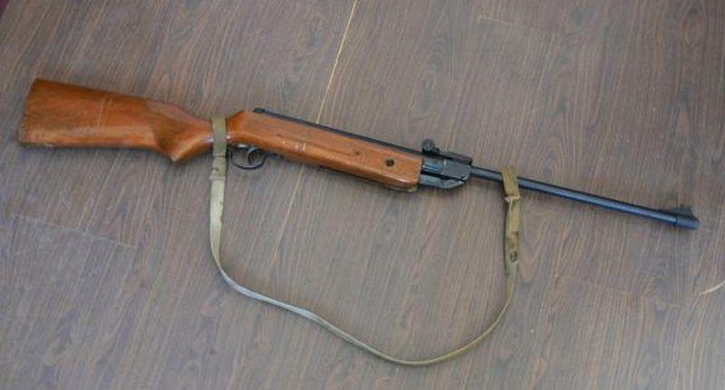 Lugoj Expres Un bărbat din Chizătău a rămas fără pușcă pușcă nerespectarea regimului armelor munițiilor infracțiune dosar penal Chizătău Belinț bărbat cercetat armă