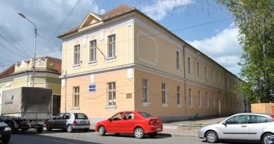 Lugoj Expres Bilanțul primei zile de înscrieri în clasa pregătitoare școli Școala Gimnazială nr. 4 Lugoj Școala Gimnazială nr. 3 Lugoj Școala Gimnazială nr. 2 Lugoj Școala Gimnazială