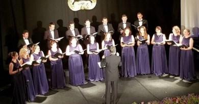 """Lugoj Expres Corul ,,Ion Vidu"""" susține un concert de Crăciun soliști sărbătoare Lugoj eveniment artistic Corul Ion Vidu cor concert de Crăciun concert"""