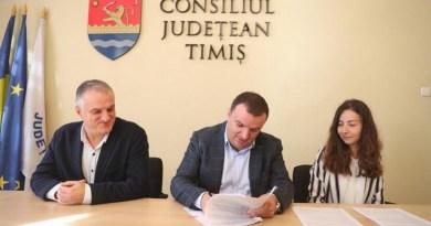 Lugoj Expres Consiliul Județean Timiș construiește două locuințe protejate pentru persoanele cu dizabilități, la Lugoj proiect persoane cu dizabilități Lugoj locuințe protejate investiție Găvojdia fonduri europene copii instituționalizați copii consiliul județean CJT centru de zi case familiale Călin Dobra