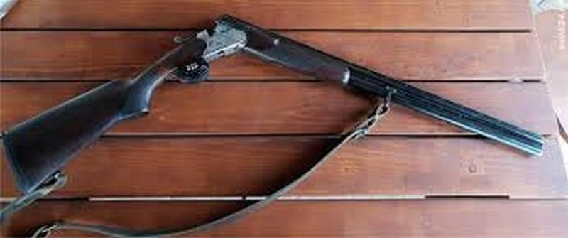 Lugoj Expres Dosar penal pentru un bărbat prins fără declarație pe proprie răspundere, dar cu... arma de vânătoare restricții ordonanță militară nerespectarea regimului armelor Nădrag dosar penal circulație armă de vânătoare armă amendă