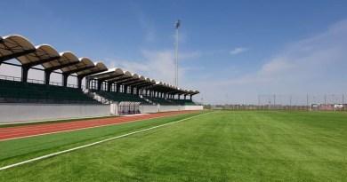 Lugoj Expres Bază sportivă modernă, la Buziaș. Primarul Sorin Munteanu a semnat contractul de proiectare și execuție Primarul Buziașului la București investiție Buziaș investiție Buziaș baza sportivă Buziaș bază sportivă