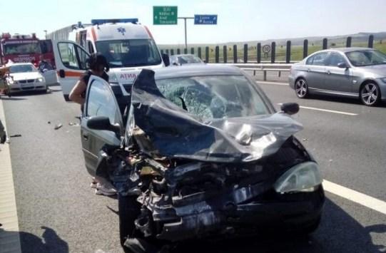 Lugoj Expres Accident în lanț, pe autostrada A1 Timișoara - Lugoj Topolovățu Mare Timișoara persoane rănite Lugoj elicopterul SMURD cinci autovehhicule autostrada A1 Autostrada accident în lanț accident A1