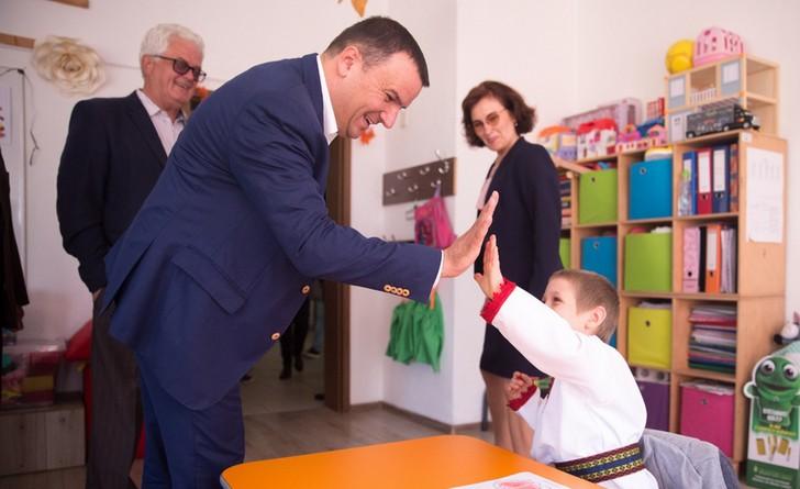Lugoj Expres Călin Dobra, profesorul din fruntea administrației timișene (P) PSD profesorul președinte Consiliul Județean Timiș candidatură Călin Dobra alegeri locale administrație