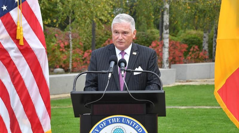 Lugoj Expres Ambasadorul SUA Adrian Zuckerman, în vizită la Lugoj vizită Statele Unite ale Americii primăria lugoj Lugoj Claudiu Buciu ambasador SUA ambasador Adrian Zuckerman