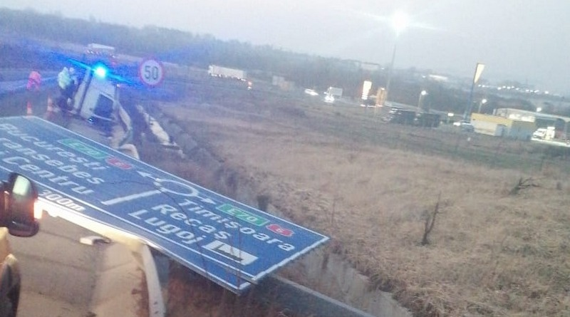 Lugoj Expres Camion răsturnat, pe autostrada A6 Lugoj circulația rutieră camion răsturnat accident A6 accident