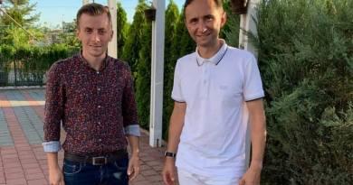 Lugoj Expres Au început demisiile! Din PNL... Remus Ioan Paveloni PNL Timiș PNL Făget PNL partid organizația de tineret Făget demisie