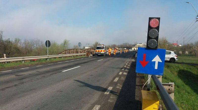 Lugoj Expres Restricții de circulație pe DN6, între Lugoj și Timișoara Timișoara restricții DN6 podul de la Chizătău Lugoj lucrări DN 6 circulație restricționată circulație dirijată Chizătău