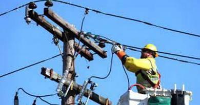 Lugoj Expres Se oprește curentul pe mai multe străzi din Lugoj și în unele localități din Timiș Urseni Timișoara Timiș se oprește curentul Șag Românești Pietroasa Mare Pesac Peciu Nou Nevrincea Moșnița Nouă Lugoj Herneacova Herendești fără curent Dumbrava Dudeștii Noi Darova Criciova Comloșu Mare Cladova Buziaș Bethausen Belinț alimentare cu energie electrică