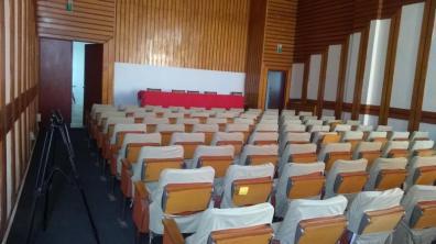 Lugoj Expres Alegeri... liberale! Doar trei membri de partid au fost prezenți la adunarea generală a PNL Lugoj șantaj Raul Ambruș PNL Timiș PNL Lugoj PNL organizația Lugoj Dănuț Groza Claudiu Chira Claudiu Buciu boicot Alin Nica alegeri PNL Lugoj alegeri liberale alegeri județene alegeri adunare generală