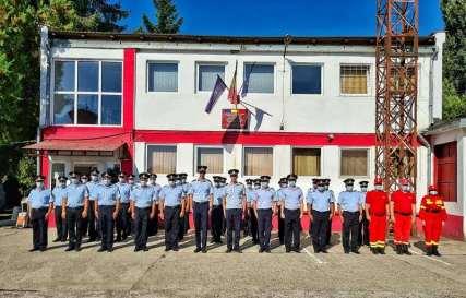 Lugoj Expres Pompierii din Făget au un nou comandant Stația de POmpieri Făget pompieri ofițer ISU Timiș Făget comandant