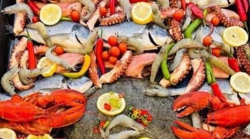 Lugoj Expres În acest weekend, la Lugoj are loc Festivalul Mediteranean program Lugoj fructe de mare Festival Mediteranean eveniment culinar dulciuri turcești baclavale