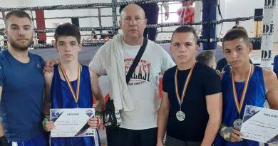 Lugoj Expres Boxerii lugojeni, pe podium la Cupa Unirea - Sântana pe podium Cupa Unirea CSM Lugoj competiție boxeri box Lugoj box