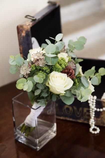 Pruudikimp, pulmad, lilleseaded