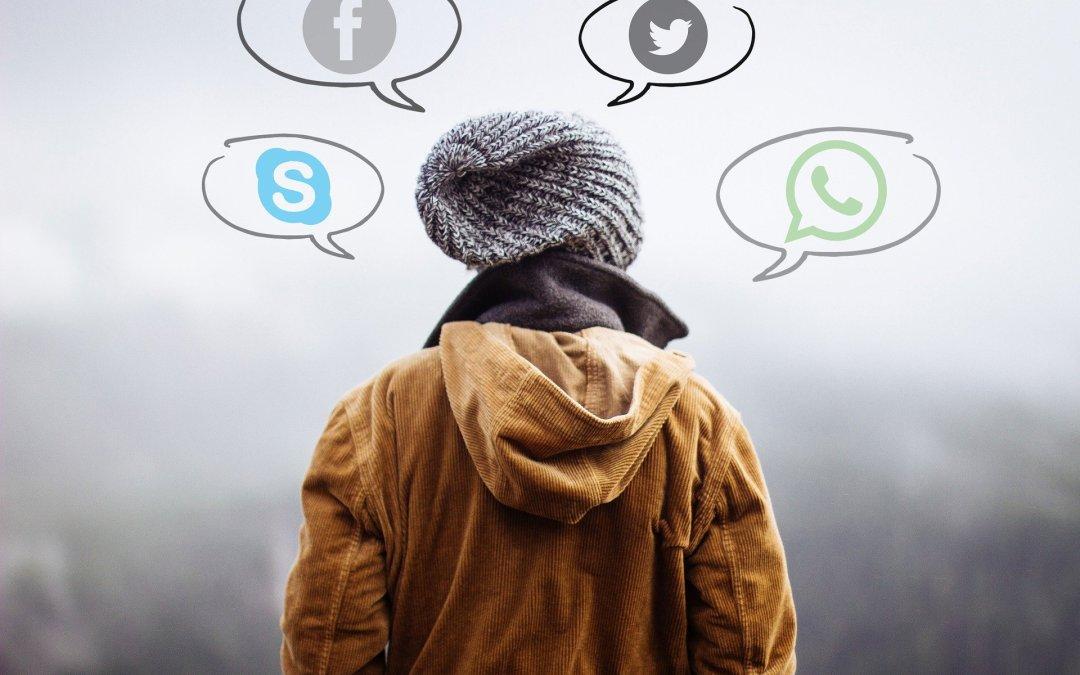 Miles de páginas, chats, foros y redes que incitan al suicidio infantil