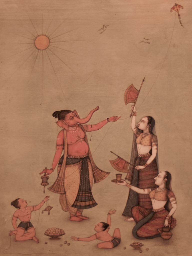"""Ganesha y familia volando cometas (Mahaveer Swami, 2013). Parte de la exposición """"Forms of Devotion: Arte y espiritualidad en la India de hoy"""" celebrada en el centro cultural Conde Duque Madrid. Fotografía de Luis F. Roncero."""