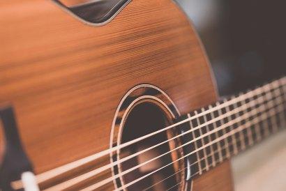 Luis Guerrero Spanish Acoustic Guitars J Series strings