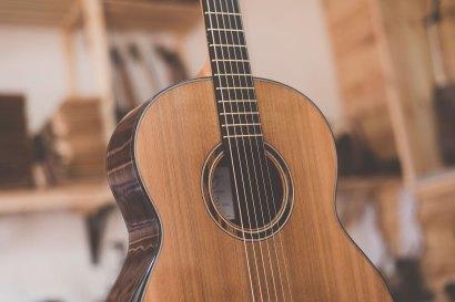 Luis Guerrero Spanish Acoustic Guitars J Series tuner